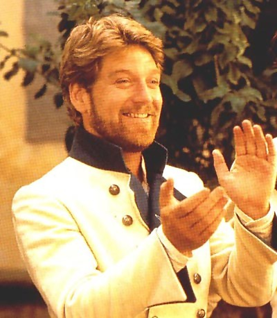 kenneth-branagh-Benedick-much-ado-about-nothing